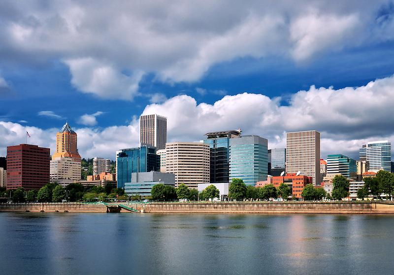 Portland, Oregon skyline.
