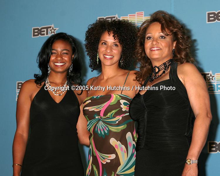 Tatyana Ali.Karyn Parsons.Daphne Maxwell Reid.BET Awards.Kodak Theater.Los Angeles, CA.June 28, 2005.©2005 Kathy Hutchins / Hutchins Photo....