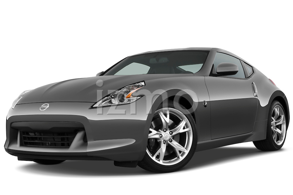 Low aggressive front three quarter view of a 2009 Nissan 370 Z Touring Coupe.