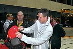 Motorsport: DTM Vorstellung  2008 Duesseldorf<br /> <br /> Ralf Schumacher gab fleißig Autogramme im Hotel und auf der Strecke in Duesseldorf.<br /> <br /> Foto © nph (nordphoto)