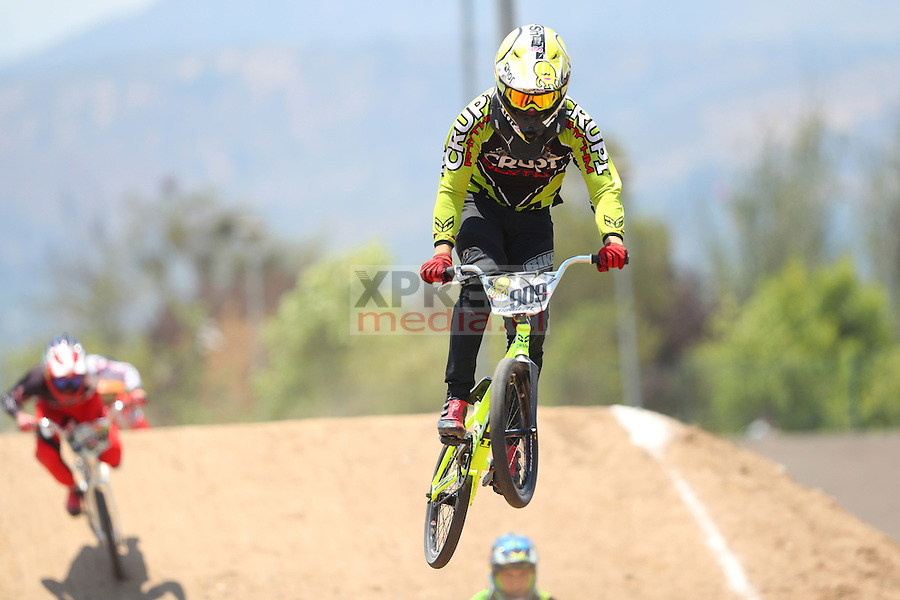 11 Diciembre 2016, Santiago-Chile. Competencia de BMX del ranking nacional que se realizó en el Parque Peñalolén ©Ernesto Zelada - Xpress Media