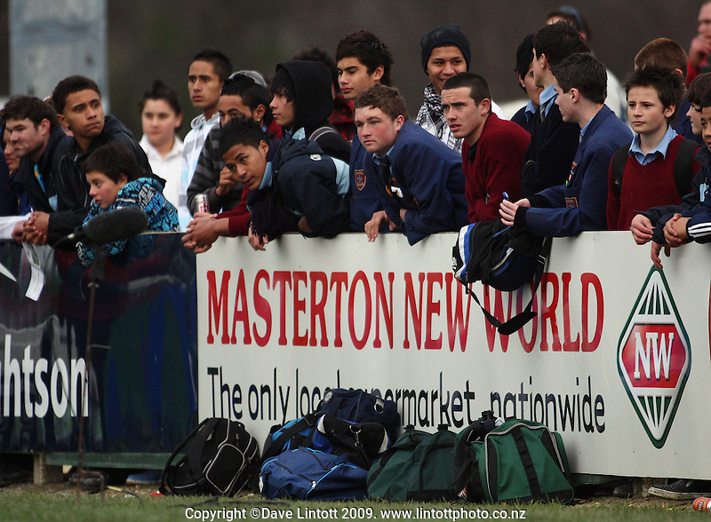 Local fans are dejected at the scoreline during the Ranfurly Shield rugby match between the Wellington Lions and Wairarapa Bush at Trust House Memorial Park, Masterton, New Zealand on Saturday, 27 September 2008. Photo: Dave Lintott / lintottphoto.co.nz