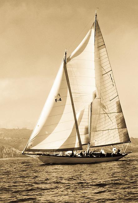 Sailing,Black and White Classics