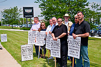 Local 701 Mechanics Strike Picket Line Libertyville Illinois 6-25-18