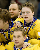 Carl Klingberg (Sweden - 17), ? - Team Sweden celebrates after defeating Team Switzerland 11-4 to win the bronze medal in the 2010 World Juniors tournament on Tuesday, January 5, 2010, at the Credit Union Centre in Saskatoon, Saskatchewan.