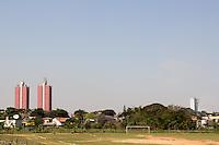 SAO PAULO 11.09.2014 - CLIMA TEMPO - São Paulo segue com temperaturas próximas dos 30 graus e baixa umidade nesta quinta-feira (11). A região da represa do Guarapiranga na zona Sul continua sem núvens e previsão de chuva e baixo nível de água nas áreas de lazer.<br /> <br /> (FOTO: FABRICIO BOMJARDIM / BRAZIL PHOTO PRESS).