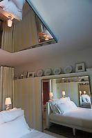 Europe/France/Aquitaine/33/Gironde/Bassin d'Arcachon/Pyla-sur-Mer: Chambre de l' Hôtel La Co(o)rniche par Philippe Starck [Non destiné à un usage publicitaire - Not intended for an advertising use]