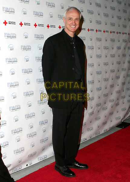 MICHAEL GROSS.DVD Exclusive Awards 2005 held at the California Science Centre, Los Angeles, California , USA, 08 February 2005..full length .Ref: ADM.www.capitalpictures.com.sales@capitalpictures.com.©Zach Lipp/AdMedia/Capital Pictures .