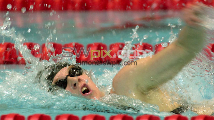 Pix: Ben Duffy/SWpix.com. National Swimming...Long Course Championships (inc Commonwealth Games Trails) Manchester..... 14/04/2002...COPYWRIGHT PICTURE>>SIMON WILKINSON>>01943 436649>>..Rebecca Cooke leaves it late to take victory in the womens 400m Medley heats.