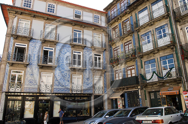 Oporto-Portugal, July 28, 2009 -- Original, old houses in the historic centre of Porto, tiles decorating the facade; architecture, tourism -- Photo: Horst Wagner / eup-images