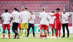 Schlussjubel, Trainer Achim Beierlorzer (Mainz) mit Team<br /> <br /> Sport: Fussball: 1. Bundesliga:: nphgm001:  Saison 19/20: 33. Spieltag: 1. FSV Mainz 05 vs SV Werder Bremen 20.06.2020 3:1<br /> Foto: Wagner/Witters/Pool//via gumzmedia/nordphoto<br /> <br /> <br />  DFL REGULATIONS PROHIBIT ANY USE OF PHOTOGRAPHS AS IMAGE SEQUENCES AND OR QUASI VIDEO<br /> EDITORIAL USE ONLY<br /> NATIONAL AND INTERNATIONAL NEWS AGENCIES OUT