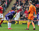 Billy Sharp of Sheffield Utd looks at Adam Davies of Barnsley following his save during the championship match at the Oakwell Stadium, Barnsley. Picture date 7th April 2018. Picture credit should read: Simon Bellis/Sportimage