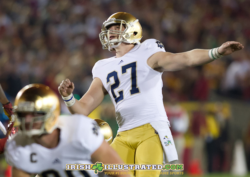 Kicker Kyle Brindza (27) puts the Irish on the scoreboard first at USC with this first quarter FG.