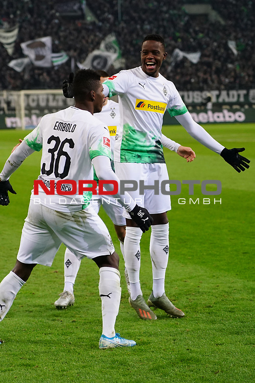 01.12.2019, Borussia Park , Moenchengladbach, GER, 1. FBL,  Borussia Moenchengladbach vs. SC Freiburg,<br />  <br /> DFL regulations prohibit any use of photographs as image sequences and/or quasi-video<br /> <br /> im Bild / picture shows: <br /> Torjubel / Jubel / Jubellauf,    3:1 Denis Zakaria (Gladbach #8), Breel Embolo (Gladbach #36),  <br /> <br /> Foto © nordphoto / Meuter