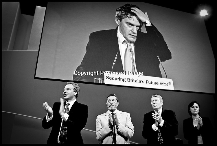 The Prime Minister and David Blunkett,Alan Johnson,Debbie  Coulter  applade Gordon Brown after  his speech at the labour party conference Monday 26th September 2005..PRESS ASSOCIATION Photo. Photo Credit should read:Andrew Parsons/PA