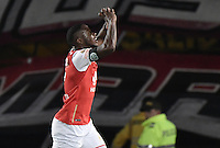 BOGOTÁ -COLOMBIA, 03-12-2016. Layvin Balanta jugador de Santa Fe celebra después de anotar gol al Medellín durante el encuentro de vuelta entre Independiente Santa Fe y Independiente Medellín por los cuartos de final de la Liga Aguila II 2016 jugado en el estadio Nemesio Camacho El Campin de la ciudad de Bogota.  / Layvin Balanta player of Santa Fe celebrates after scoring a goal to Medellin during the second legmatch between Independiente Santa Fe and Independiente Medellin for the final quarters of the Liga Aguila II 2016 played at the Nemesio Camacho El Campin Stadium in Bogota city. Photo: VizzorImage/ Gabriel Aponte / Staff