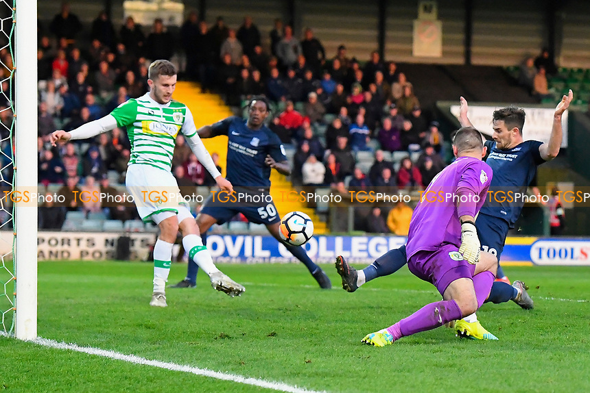 Ryan Leonard of Southend United right just fails to connect to a second half chance during Yeovil Town vs Southend United, Emirates FA Cup Football at Huish Park on 4th November 2017