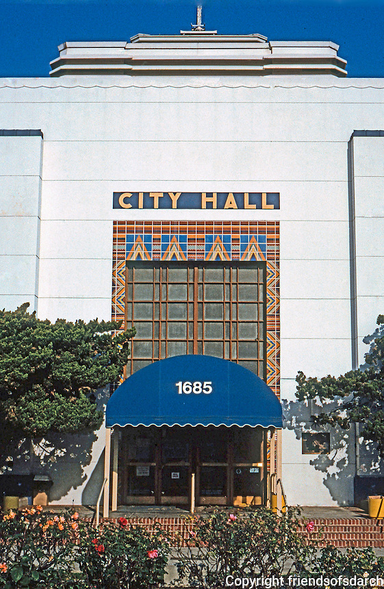 Santa Monica CA: Santa Monica City Hall. Donald B. Parkinson and J.M. Estep, 1938-39. Photo '92.