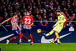 Gerard Pique of FC Barcelona (R) in action during the La Liga 2018-19 match between Atletico Madrid and FC Barcelona at Wanda Metropolitano on November 24 2018 in Madrid, Spain. Photo by Diego Souto / Power Sport Images