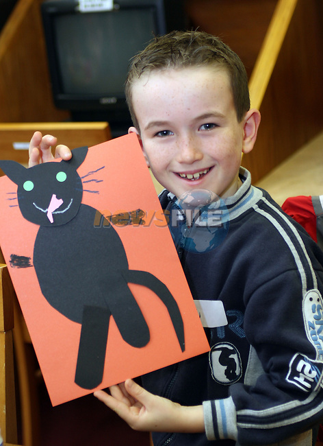 Sean McCabe at the Halloween Workshop for kids in the Library...Photo NEWSFILE/Jenny Matthews.(Photo credit should read Jenny Matthews/NEWSFILE)....This Picture has been sent you under the condtions enclosed by:.Newsfile Ltd..The Studio,.Millmount Abbey,.Drogheda,.Co Meath..Ireland..Tel: +353(0)41-9871240.Fax: +353(0)41-9871260.GSM: +353(0)86-2500958.email: pictures@newsfile.ie.www.newsfile.ie.FTP: 193.120.102.198.