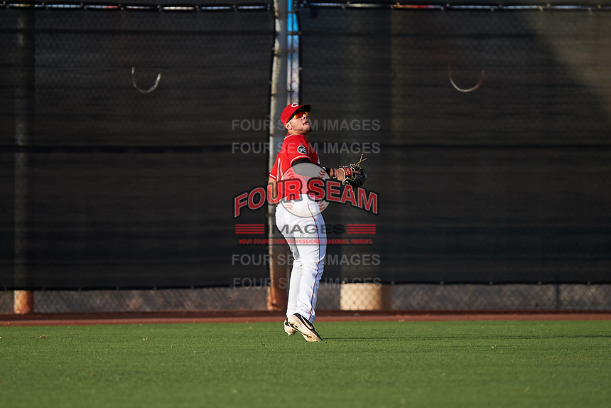 AZL Reds left fielder Wendell Marrero (31) prepares to catch a fly ball during an Arizona League game against the AZL Athletics Green on July 21, 2019 at the Cincinnati Reds Spring Training Complex in Goodyear, Arizona. The AZL Reds defeated the AZL Athletics Green 8-6. (Zachary Lucy/Four Seam Images)