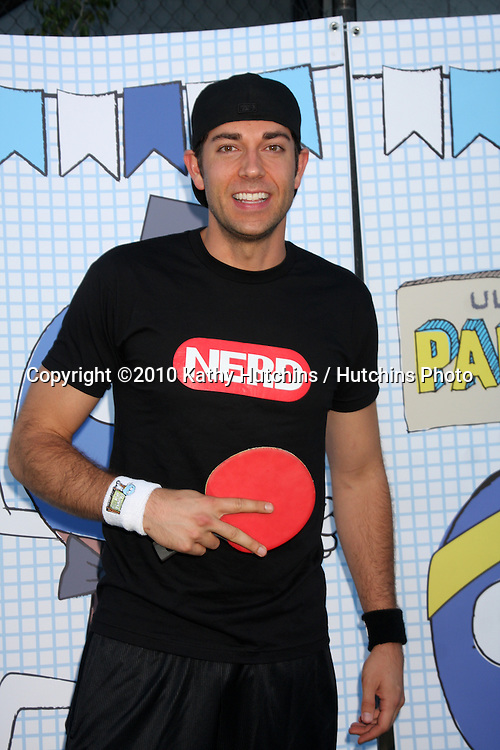 LOS ANGELES - SEP 26:  Zachary Levi arrives at the Ultimate Slam Paddle Jam 2010 at Music Box Theater on September 26, 2010 in Los Angeles, CA
