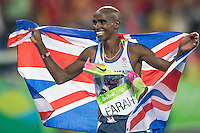 Team GB Mo Farah celebrates his second gold in Rio after winning the 5,000m. <br /> Rio de Janeiro, Brazil on August 20, 2016.<br /> CAP/CAM<br /> &copy;Andre Camara/Capital Pictures /MediaPunch ***NORTH AND SOUTH AMERICAS ONLY***