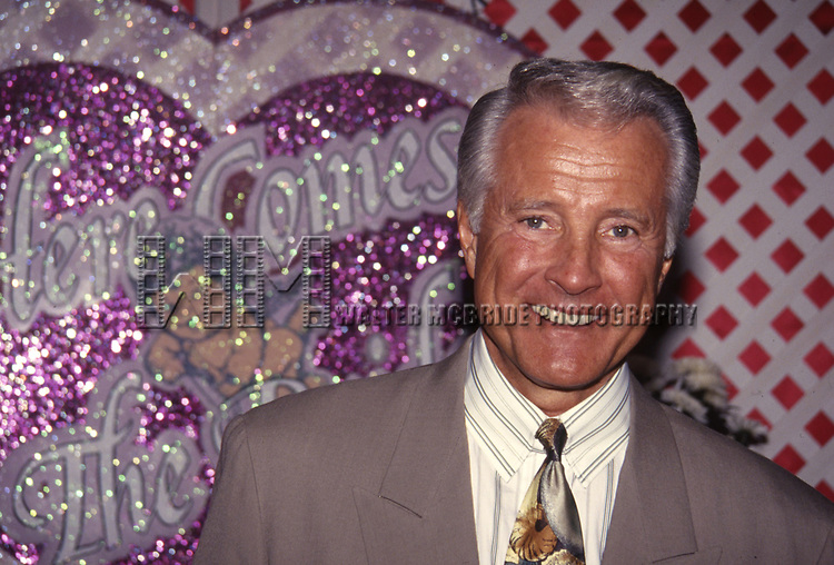 Lyle Waggoner attends the N.A.T.P.E. convention on January, 15, 1994 in Miami, Florida.