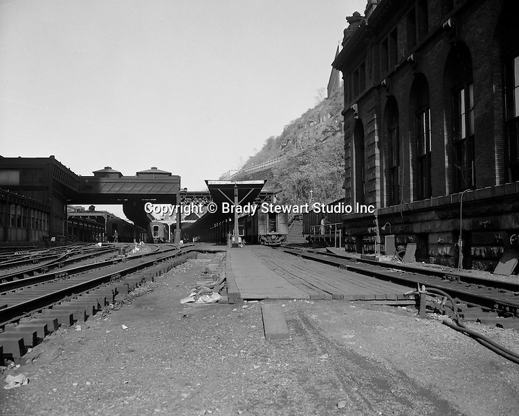 Pittsburgh PA - View of the train platform next to the Pittsburgh's Penn Station yard - 1959.