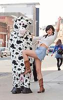 12/04/10 Glasgow cowgirl