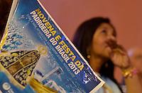 APARECIDA, SP, 12.10.2013 - DIA DE NOSSA SENHORA APARECIDA - Milhares de fiéis vão ao Santuário de Nossa Senhora Aparecida na manhã deste sabado (12), para acompanhar as celebrações do Dia da Padroeira do Brasil. Foto: Levi Bianco - Brazil Photo Press.