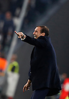 Calcio, Champions League: Gruppo H, Juventus vs Lione. Torino, Juventus Stadium, 2 novembre 2016. <br /> Juventus coach Massimiliano Allegri gives indications to his players during the Champions League Group H football match between Juventus and Lyon at Turin's Juventus Stadium, 2 November 2016. The game ended 1-1.<br /> UPDATE IMAGES PRESS/Isabella Bonotto