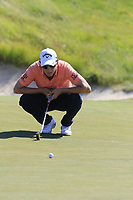 Emiliano Grillo (ARG) on the 18th green during Thursday's Round 1 of the 118th U.S. Open Championship 2018, held at Shinnecock Hills Club, Southampton, New Jersey, USA. 14th June 2018.<br /> Picture: Eoin Clarke | Golffile<br /> <br /> <br /> All photos usage must carry mandatory copyright credit (&copy; Golffile | Eoin Clarke)