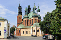 Kathedrale auf der Dominsel in Posnan (Posen), Woiwodschaft Gro&szlig;polen (Wojew&oacute;dztwo wielkopolskie), Polen Europa<br /> Cathedral in Posnan, Poland, Europe