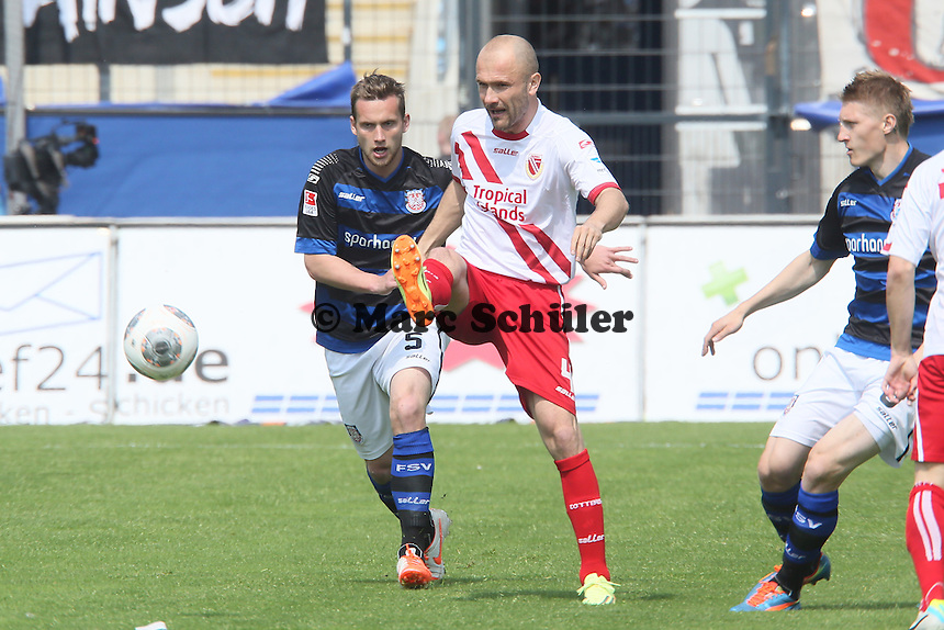 Ivica Banovic (Cottbus) gegen Manuel Konrad (FSV) - FSV Frankfurt vs. FC Energie Cottbus, Frankfurter Volksbank Stadion