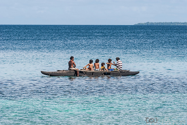 Family fishing in Funafuti, Tuvalu