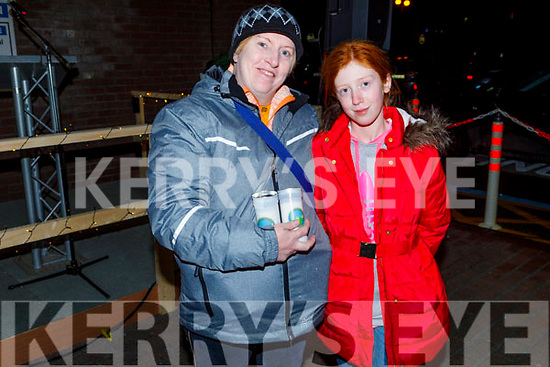 Tracy and Noreen Sheehy from Duagh at the Lighting of the Light to Remember Tree in the UHK on Saturday evening.