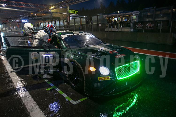 #107 BENTLEY TEAM M SPORT (GBR) BENTLEY CONTINENTAL GT3 JORDAN PEPPER (ZAF) JULES GOUNON (FRA) STEVEN KANE (GBR)