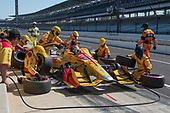 Verizon IndyCar Series<br /> IndyCar Grand Prix<br /> Indianapolis Motor Speedway, Indianapolis, IN USA<br /> Saturday 13 May 2017<br /> Ryan Hunter-Reay, Andretti Autosport Honda Pit Stop<br /> World Copyright: Geoffrey M. Miller LAT Images