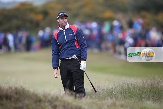 Bradley Dredge (WAL) chips onto the 17th during Round Three of the 2015 Dubai Duty Free Irish Open Hosted by The Rory Foundation at Royal County Down Golf Club, Newcastle County Down, Northern Ireland. 30/05/2015. Picture David Lloyd | www.golffile.ie