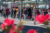SÃO PAULO - SP - 07,08,2014 - GREVE NA USP - Alunos e Funcionários da Universidade de São Paulo durante Ato no entorno do Campus no bairro do Buntantã na Avenida Corifeu de Azevedo Marquês.Região oeste da cidade de São Paulo na manhã dessa quinta-feira,07 (Foto:Kevin David/Brazil Photo Press)