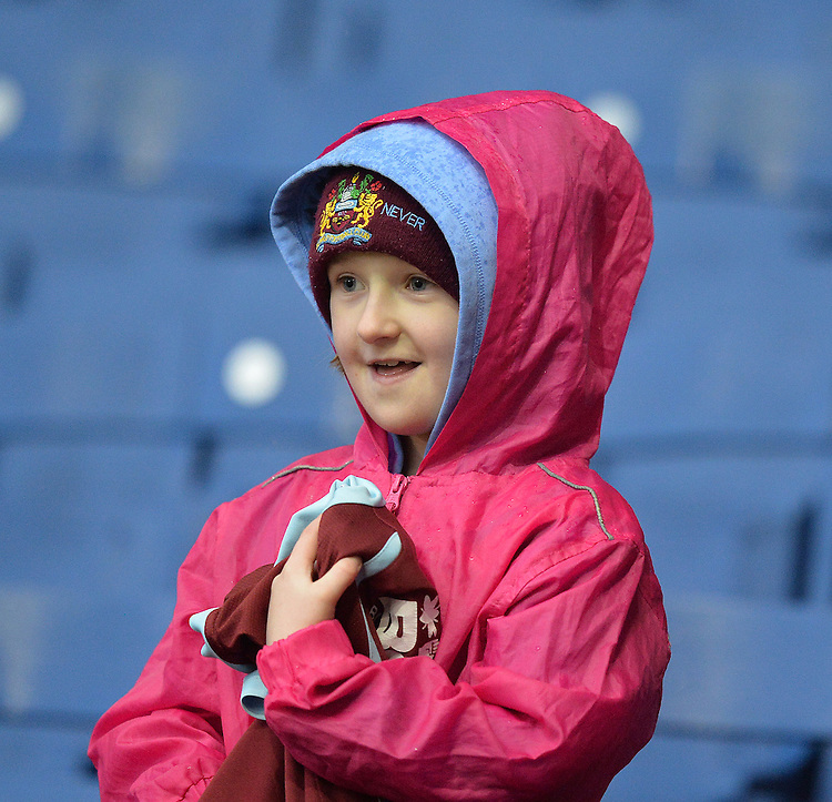 Fans<br /> <br /> Photographer Dave Howarth/CameraSport<br /> <br /> Football - The Football League Sky Bet Championship - Burnley v Preston North End - Saturday 5th December 2015 - Turf Moor - Burnley<br /> <br /> &copy; CameraSport - 43 Linden Ave. Countesthorpe. Leicester. England. LE8 5PG - Tel: +44 (0) 116 277 4147 - admin@camerasport.com - www.camerasport.com