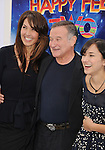 "HOLLYWOOD, CA - NOVEMBER 13: Susan Williams, Robin Williams and Zelda Williams attends the ""Happy Feet Two"" Los Angeles premiere held at the Grauman's Chinese Theatre on November 13, 2011 in Hollywood, California."