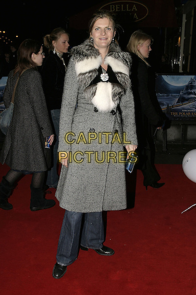 "SUSANNAH CONSTANTINE.Premiere of ""Polar Express"", Vue cinema, Leicester Square, London, November 17th 2004..full length grey tweed coat white fur scarf brooch broach.Ref: AH.www.capitalpictures.com.sales@capitalpictures.com.©Capital Pictures."