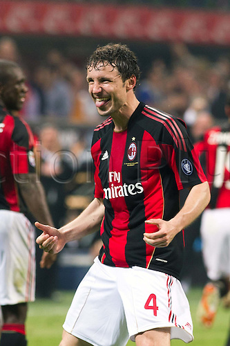 02.04.2011 Alexandre Pato scores two and Antonio Cassano converts a penalty against Inter in what could potentially be a title deciding result. Picture shows Mark van Bommel.