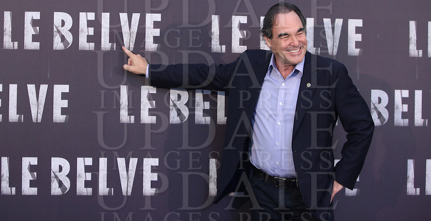 "Il regista statunitense Oliver Stone posa durante il photocall per la presentazione del suo nuovo film "" Le Belve"" a Roma, 25 settembre 2012..U.S. director Oliver Stone poses during a photocall for the presentation of his new movie ""Savages"" in Rome, 25 September 2012..UPDATE IMAGES PRESS/Isabella Bonotto"