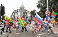 Nederland  Amsterdam  2016 07 23.  EuroPride 2016 begint met Roze Zaterdag. Pride Walk door de stad. Vlaggenparade.  Foto Berlinda van Dam / Hollandse Hoogte