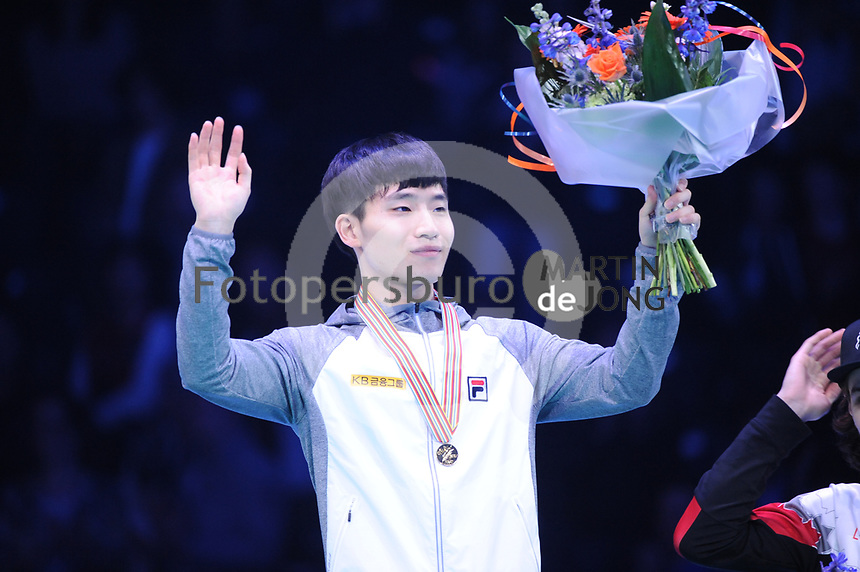 SHORT TRACK: ROTTERDAM: Ahoy, 12-03-2017, KPN ISU World Short Track Championships 2017, Podium Overall Classification Men, Yi Ra Seo (KOR), ©photo Martin de Jong