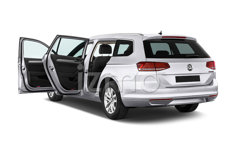 Car images of a 2015 Volkswagen Passat Comfort 5 Door Wagon Doors