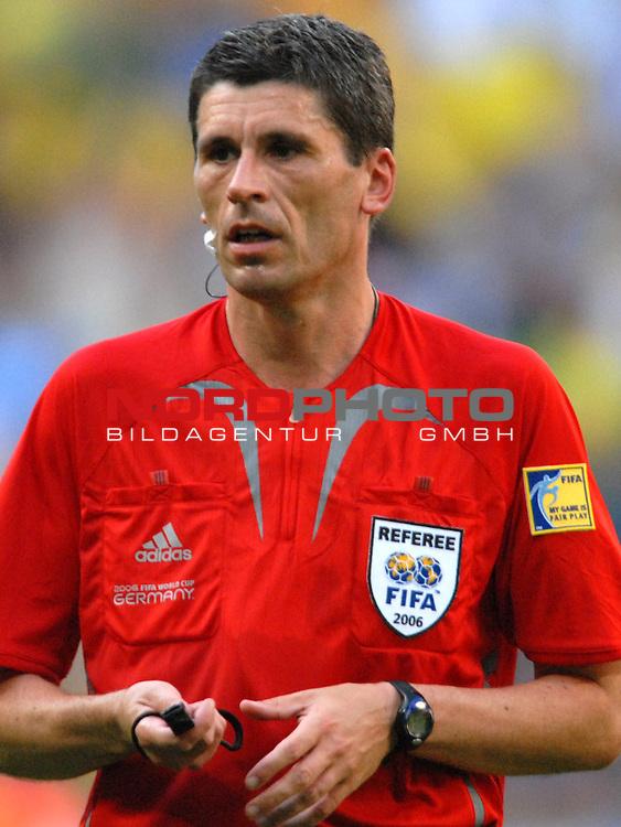 FIFA WM 2006 -  Gruppe F Vorrunde ( Group F )<br /> Play    #27 (18-Jun) - Brazil vs Australia<br /> <br /> Schiedsrichter Markus Merk (GER)<br /> <br /> Foto &copy; nordphoto